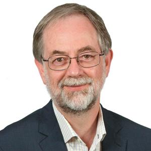 Portrait of Dr Julian Freidin